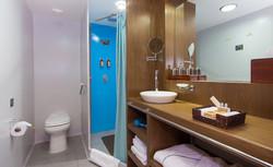 oceanspray-bathroom