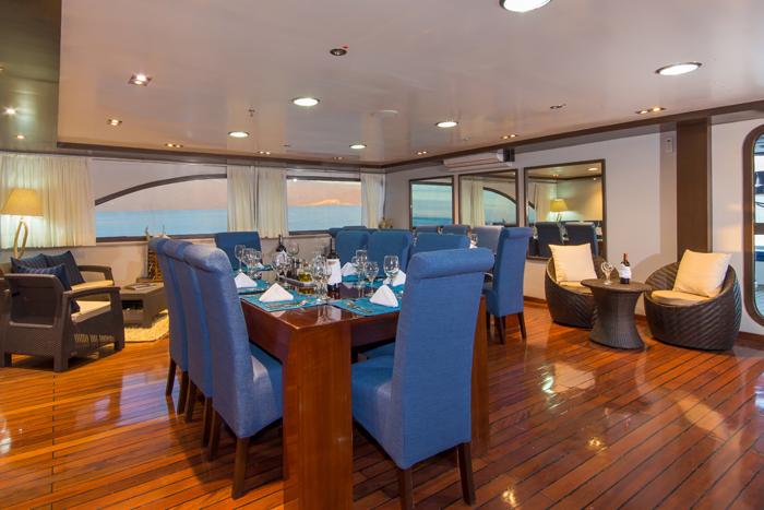 oceanspray-dining-room