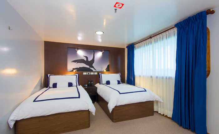oceanspray-twin-cabin