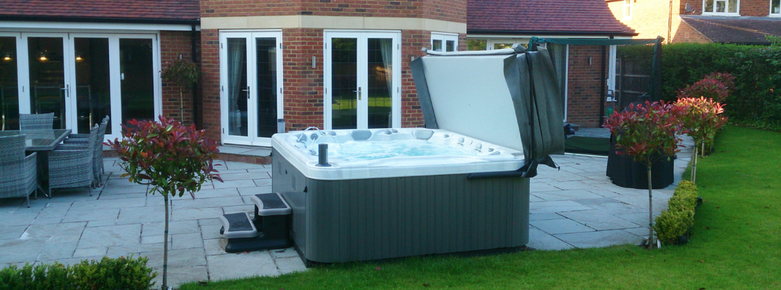 OVER 25 HOT TUBS TO CHOOSE FROM
