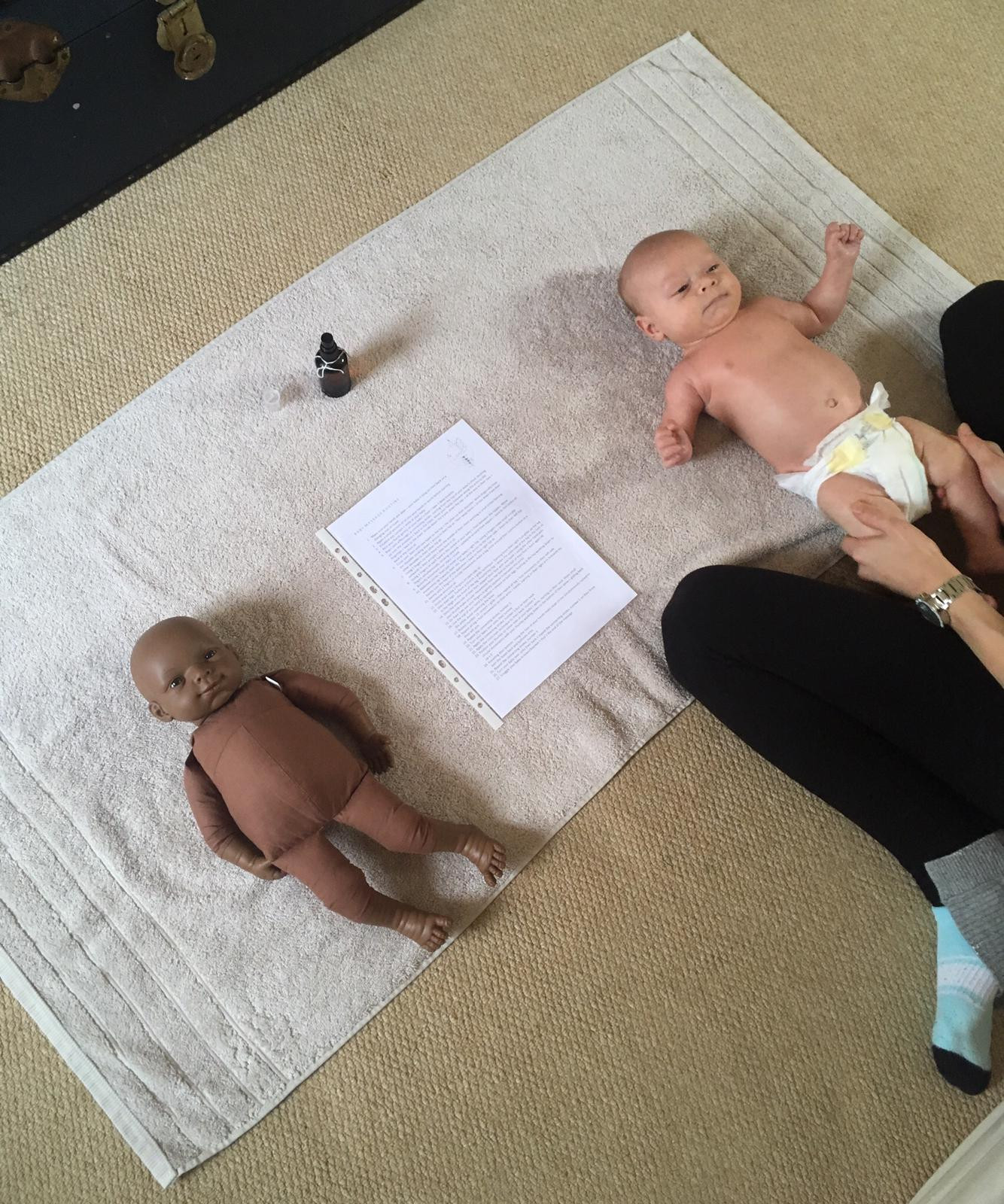 BABY MASSAGE TUITION
