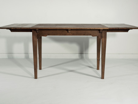 714 Farmhouse extension table with leaves