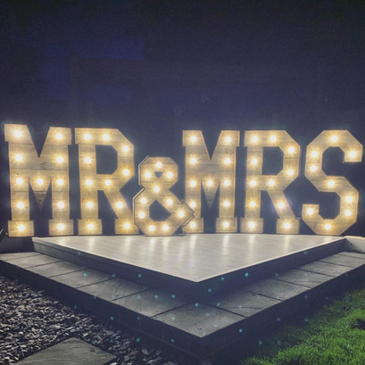 MR & MRS 4ft Rustic Letters