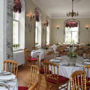 The feast area of the Vindeholme Castle wedding venue.
