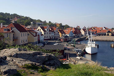 A view to Gudjem harbor, the place where many couples just elope and have their adventure.