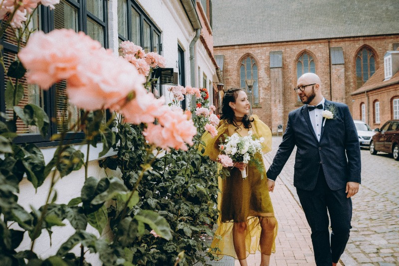 Maribo streets are perfect background for the photoshoot for your elopement wedding
