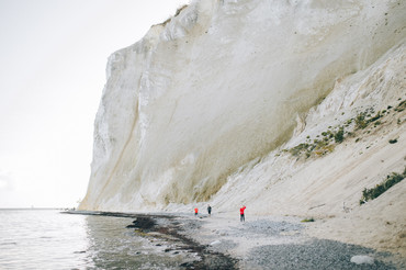 Møns Klint, the majestic chalk cliffs, is a wonderful marry abroad idea for couples that want to get married in Denmark and elope.