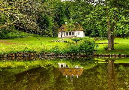 Liselund-mannor-house