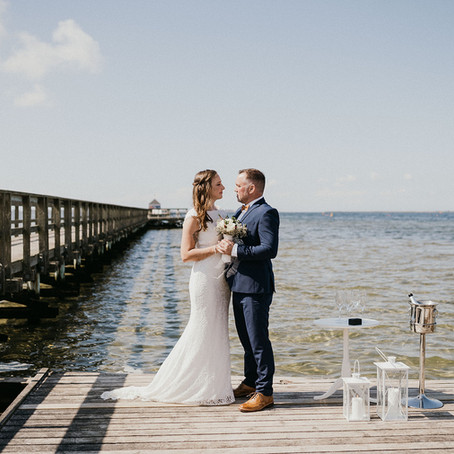 Small beach weddings - all you need to know