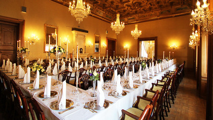 One of the dining rooms in the Hvedholm Castlem, a great castle to get married in Denmark.