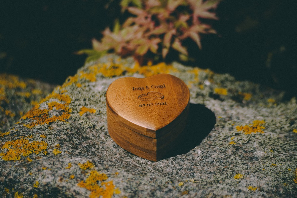 Wooden box for the wedding rings used on Danish wedding in 2021