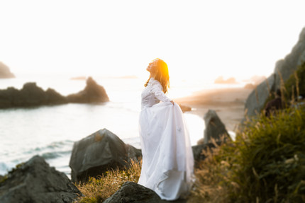 A-bride-on-the-rocks