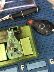 Reparación para llave de un Mercedes Benz.
