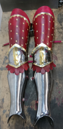English arms and legs (1340's)