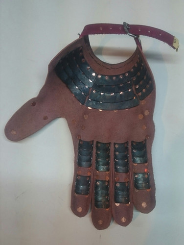 Wisby Gauntlets