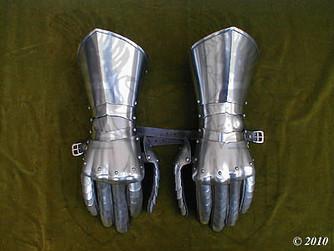 Steel Gauntlets RG 1.2