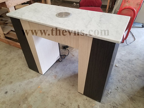 Nails Table with vacuum