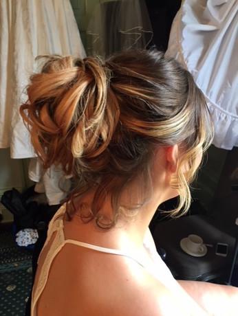 Vikki Hair.jpg