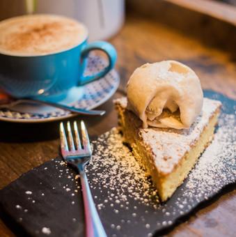 Torta Santiago/Cappuccino