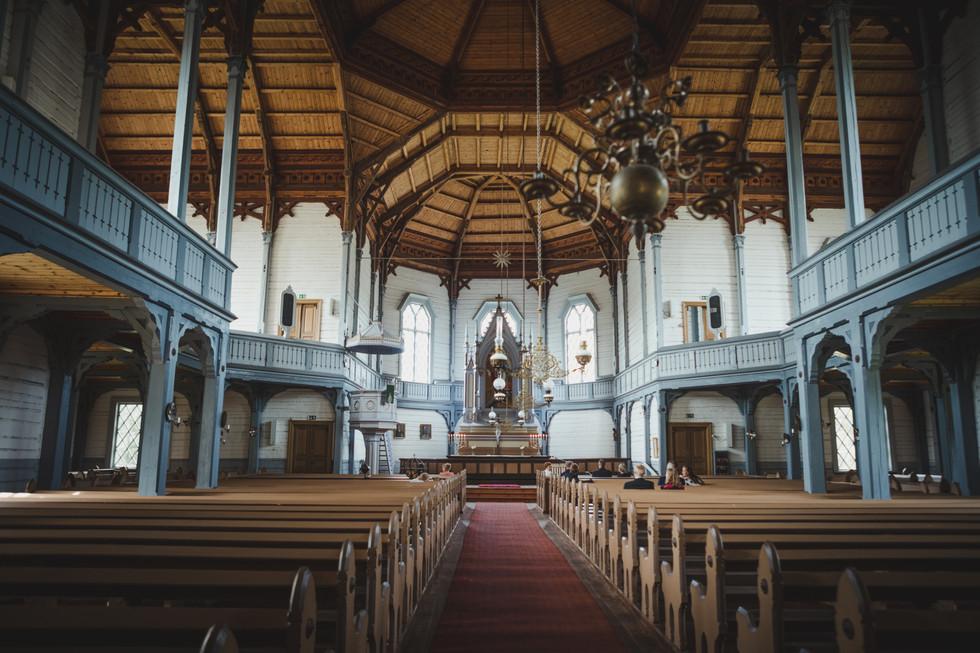 kirkko-4.jpg