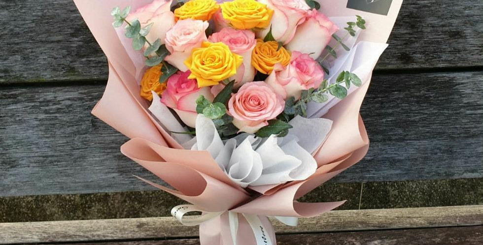 (R35) Coral - Roses