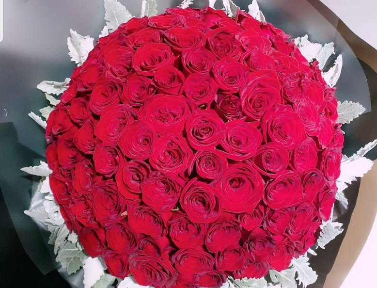 (R26) 99 Stalks of Red Roses