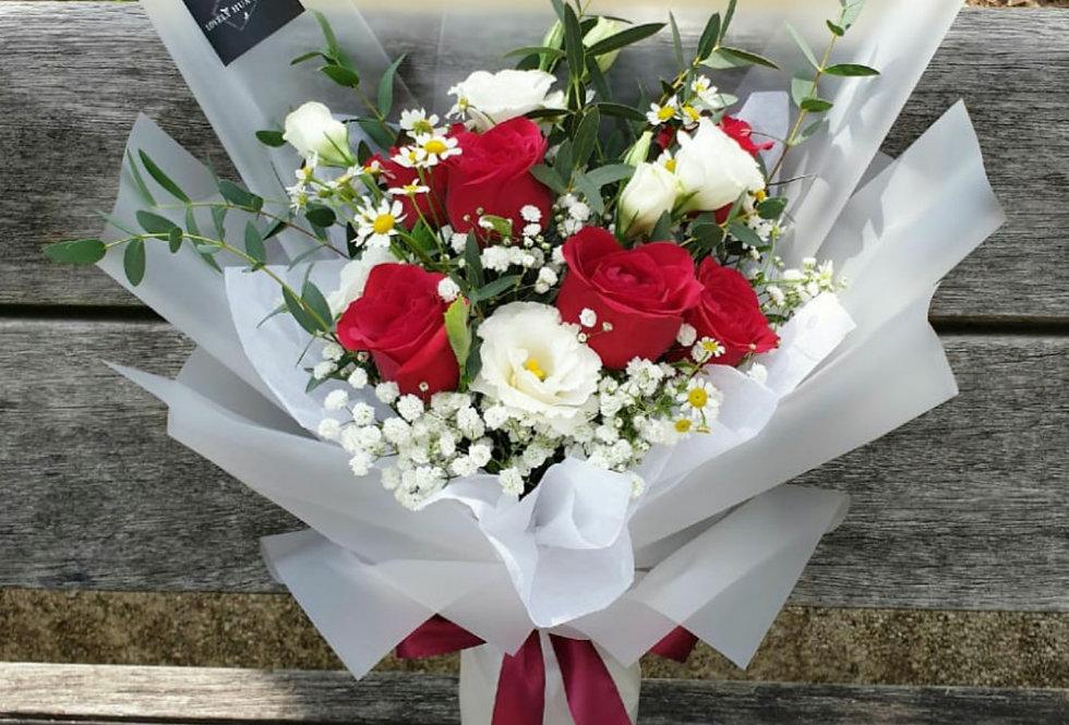 (VDAY) R32 - Enchanted - Roses