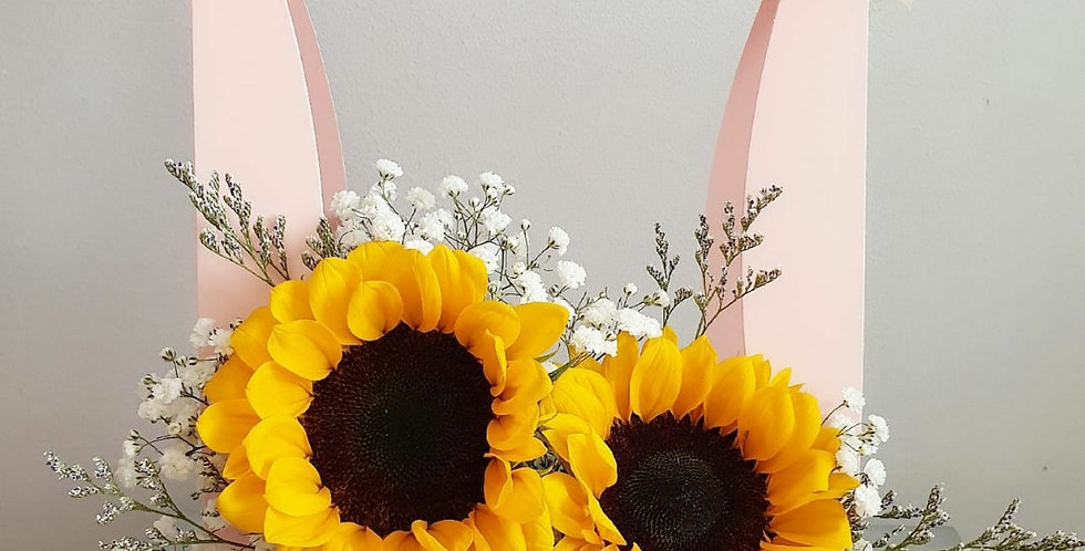 (FB11) Sunflowers with Baby's Breath