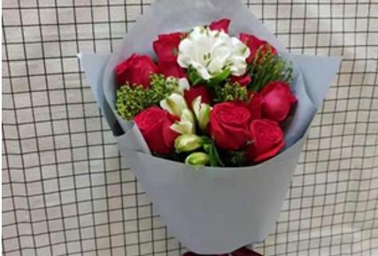 (R06) Grace - Roses