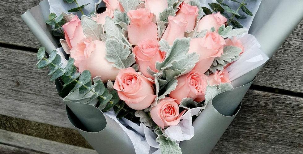 (R04) Serene - Roses