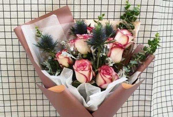 (R05) Leap - Roses