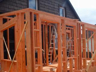 Веранда к деревянному дому