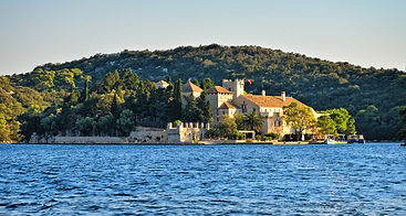 Mljet Monastery, Big Lake Monastery,Joy of the Mediterranean, Mljet retreat, Yoga Retreat, healthy organic food, Cooking classes during retreat, stuning unspoiled nature, Mljet, Croatia, Retreats, Yoga retreat Mljet, Cooking workshop Mljet,