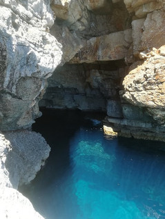 entrance-to-cave.jpg