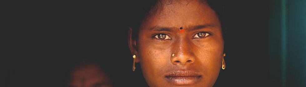 Frau aus Indien_edited.jpg
