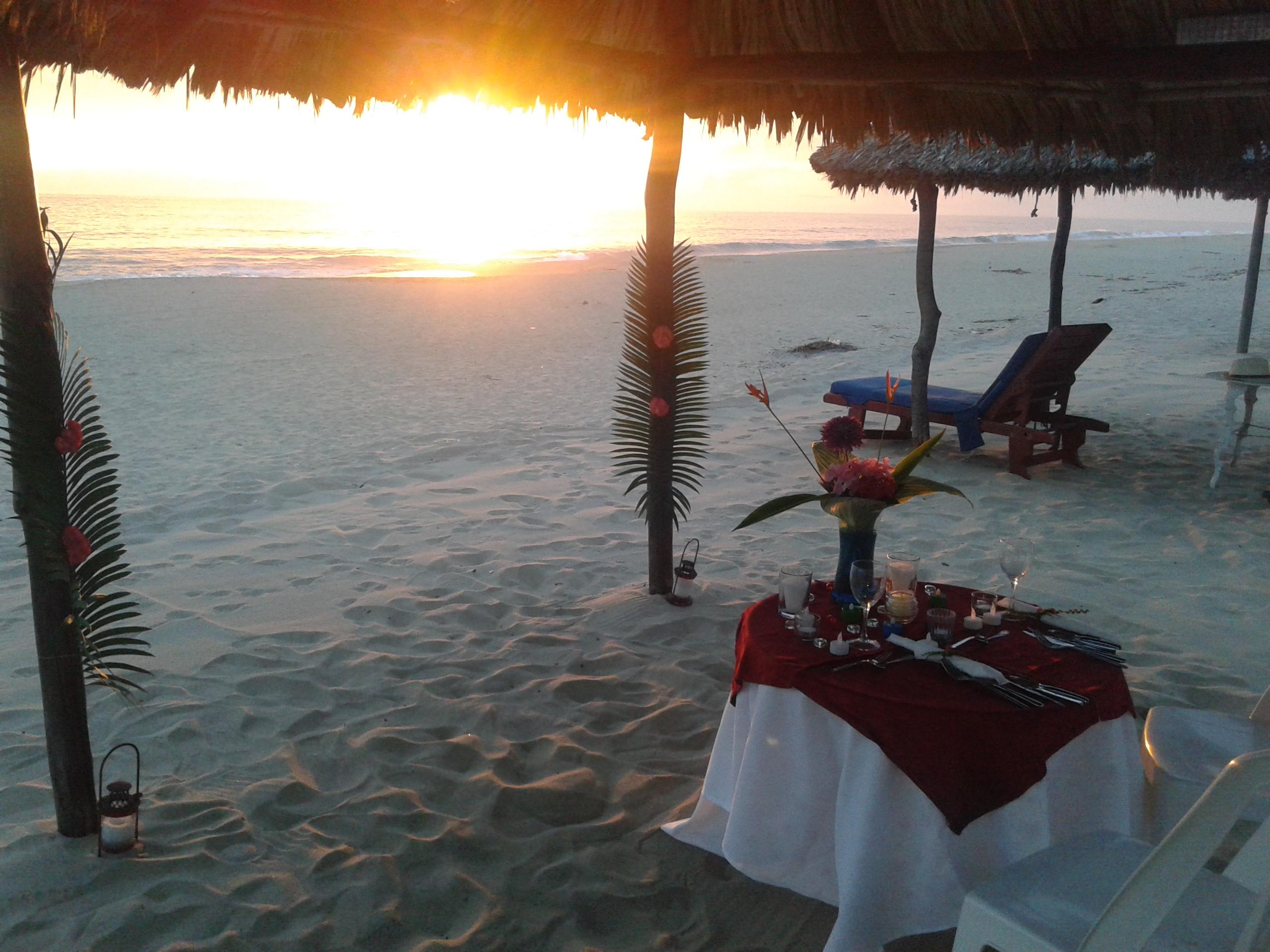 romantica en playa Gilda