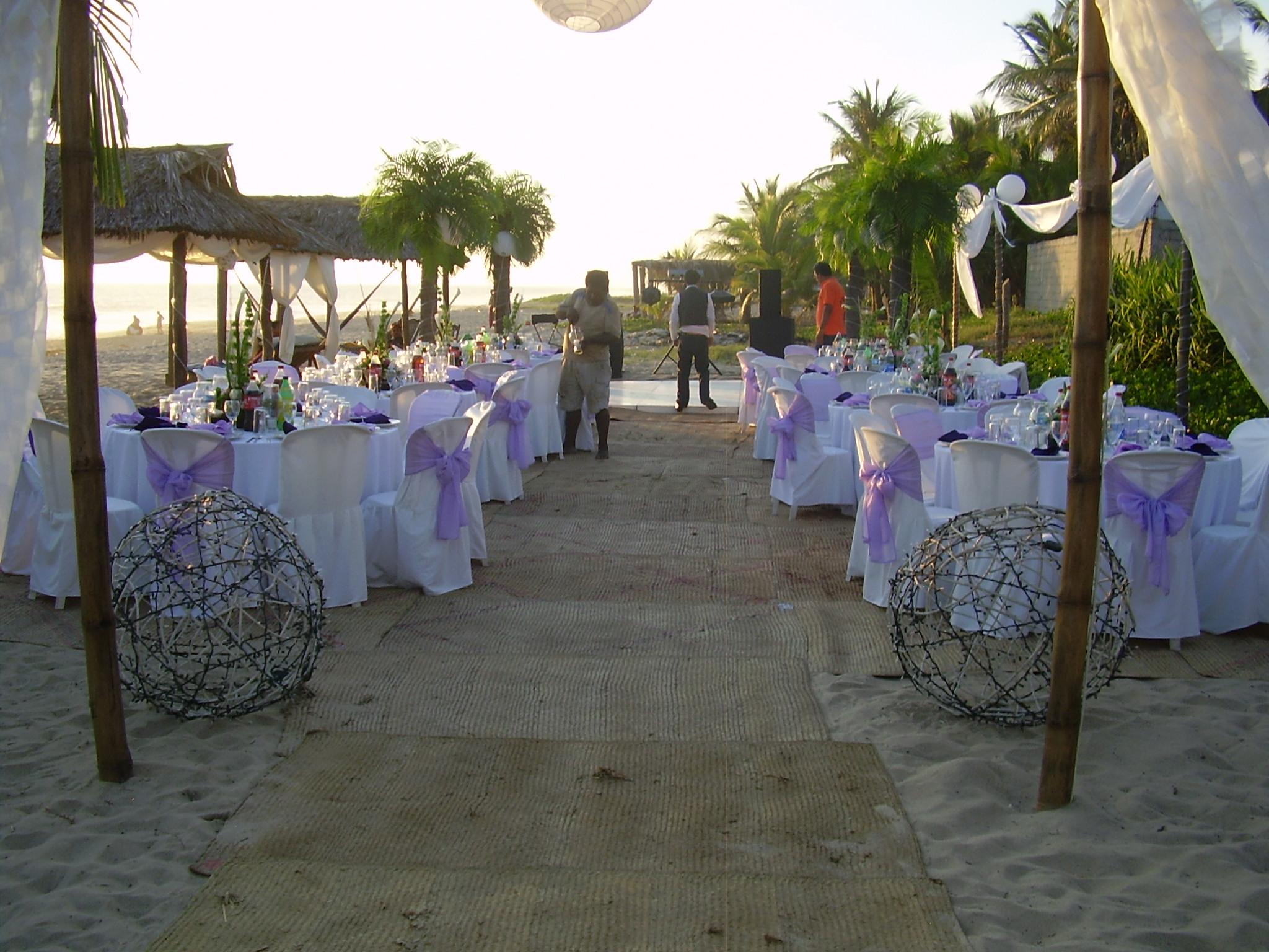 invitados en la boda del Gilda