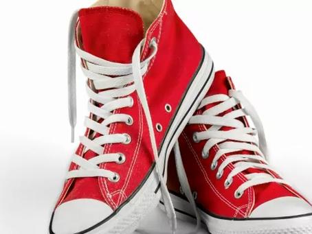 5 รองเท้าแฟชั่น ที่คนส่วนใหญ่สนใจ | รองเท้ายี่ห้อไหนดี
