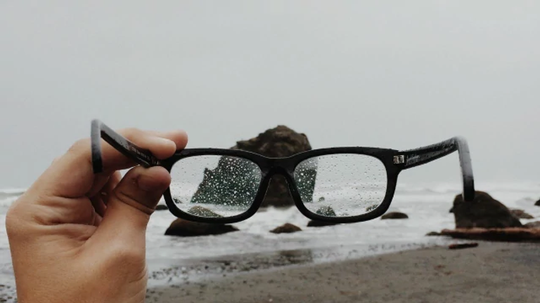 แว่นตา.webp