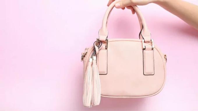 5 กระเป๋าแฟชั่น ที่คนส่วนใหญ่สนใจ | กระเป๋ายี่ห้อไหนดี