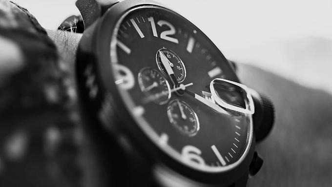 อัพเดท นาฬิกาแฟชั่น ที่คนส่วนใหญ่สนใจกัน ในสัปดาห์นี้