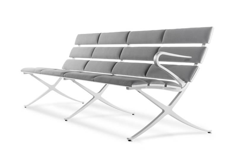 bench b in 2.jpg