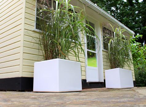 cube_grp_fibreglass_modern_garden_planter_04.jpg