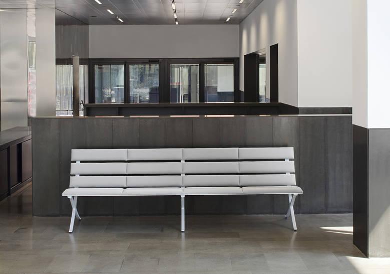 bench b in 6.jpg