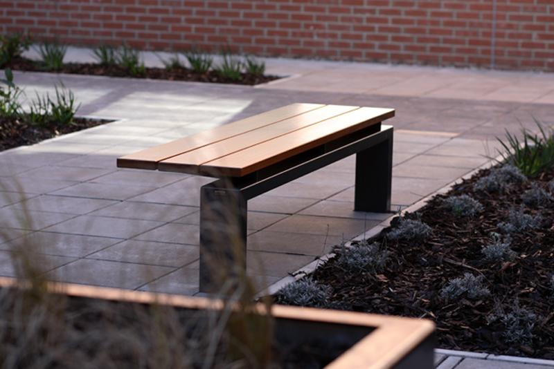 s96w+asymmetric+bench+2.jpg