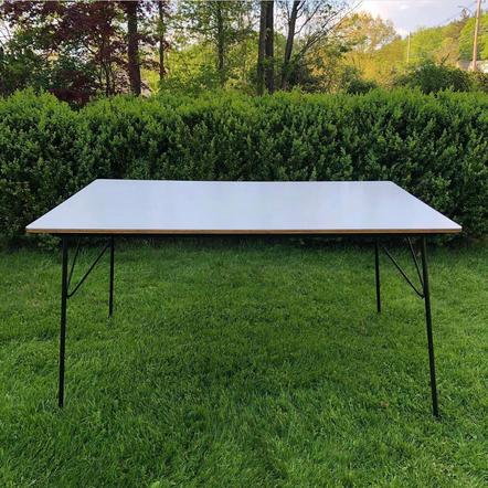 Eames DTM10 Table