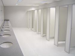 Divisória para banheiro.