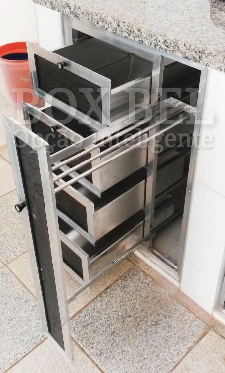 Gaveteiro em acrílico e alumínio