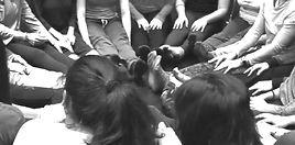 groupe danse mouvement thérapie_dance movement therapy group_grupo danza movimiento terapia_cercle de femmes_woman circle_círculo mujeres