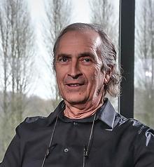 Omer Van den Bergh.png
